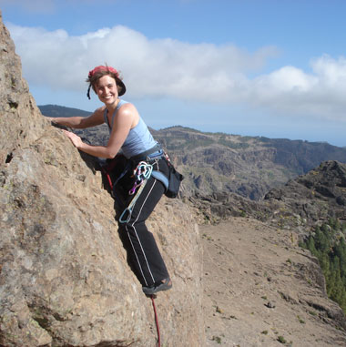 climbing on La Rana, Roque Nublo